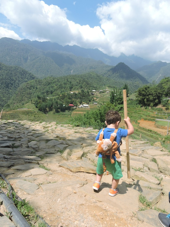 Toddler Trekking, Sapa valley